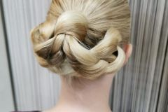 pikakampaus-vaaleat-hiukset-hair-club-esa-kokko